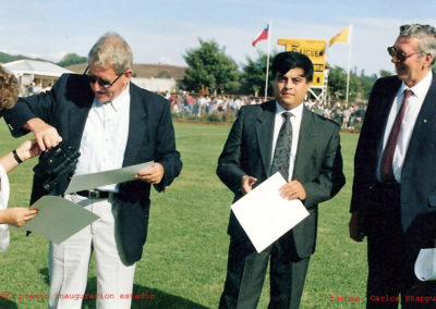 1992-03-premiacion-en-inauguracion-estadio-copy